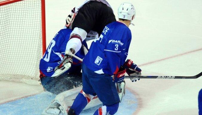 Хоккеисты Латвии взяли верх над сборной Франции
