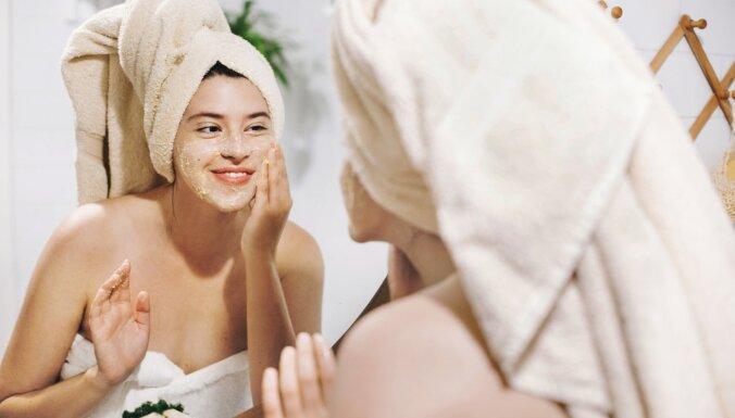 Mirdzuma vietā iekaisums: produkti, kurus neizmantot ādas kopšanas līdzekļu pagatavošanai