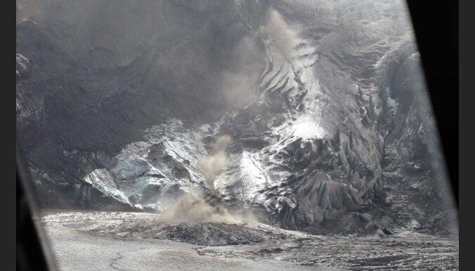 Вулканическая пыль разрушила планы политиков