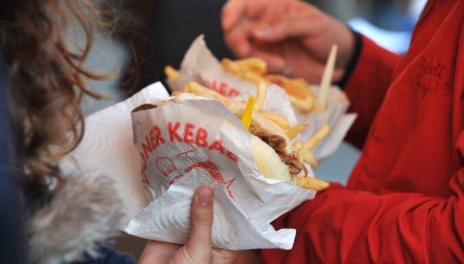 Edgars Bāliņš: Nedēļas loms sociālajos tīklos – kebabu Bļugeram!