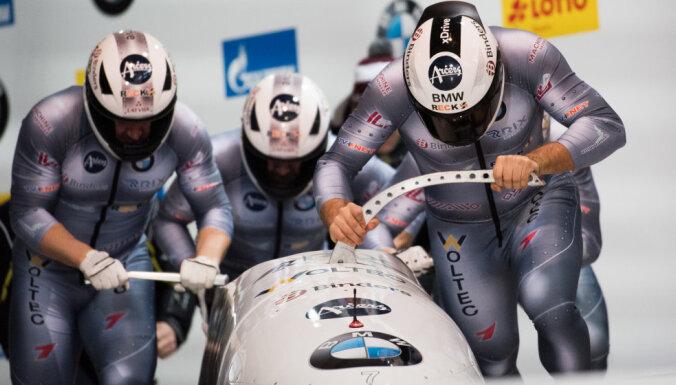 Ķibermaņa četrinieku ekipāža izcīna pasaules čempionāta sudraba medaļas