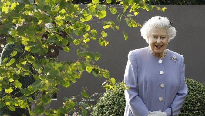 Lielbritānijā ar krāšņiem pasākumiem atzīmēs Elizabetes II 60.valdīšanas gadadienu
