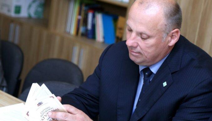 Bergmanis: jāvērtē iespēja ļaut par zemessargiem būt personām ar sodāmību jaunībā