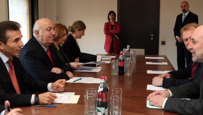 Цилевич обсудил с Иванишвили ситуацию в Грузии