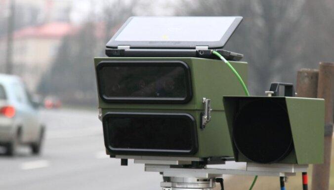 VP: Vietās, kur izvietoti fotoradari, avāriju skaits samazinājies gandrīz uz pusi