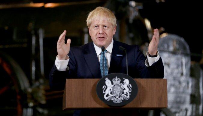 Lielbritānijas parlaments apspriedīs likumprojektu, kas bloķēs izstāšanos no ES bez vienošanās