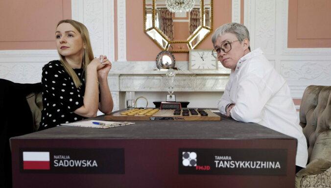"""""""Скандал с флагом разозлил"""": россиянка победила польскую шашистку и стала чемпионкой мира"""