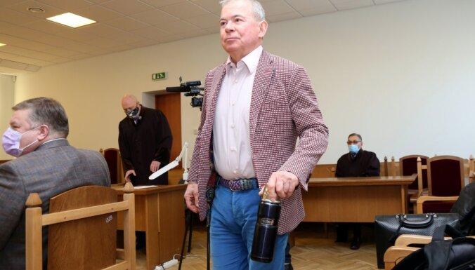 Лембергс доставлен в Центральную тюрьму, ему будет сделан тест на Covid-19