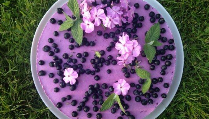 Vienkāršā melleņu jogurta kūka bez cepšanas