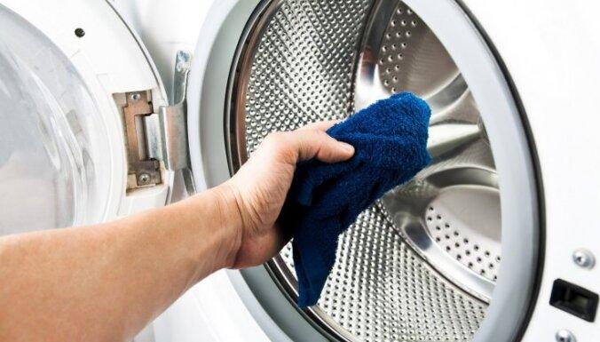 Savu laiku nokalpojusi? Pazīmes, kas liecina par veļas mašīnas mūža beigām