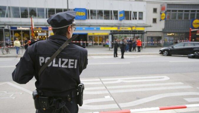 Hamburgas lielveikala uzbrucējs bijis varasiestādēm zināms islāma radikālis
