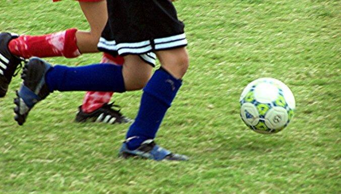 FIFA uzsver uz pretsāpju medikamentu negatīvo ietekmi futbolista veselībai