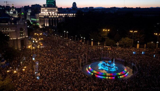 Около миллиона европейцев вышли на гей-прайды