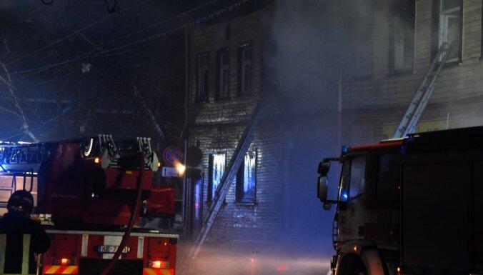 Пострадавшие в пожаре на ул. Петерсалас могут обратиться за пособием