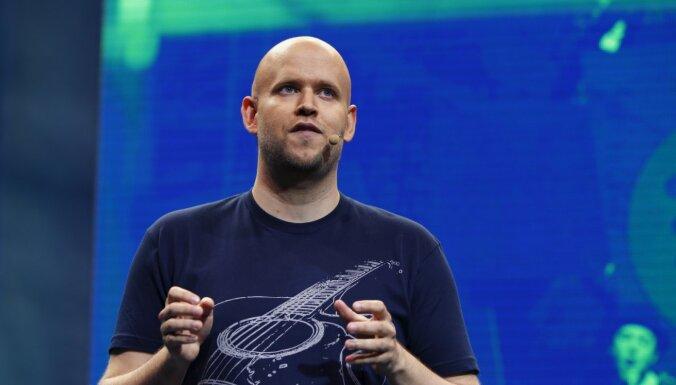 'Spotify' dibinātājs kopā ar Anrī, Bergkampu un Vjeirā vēlas pirkt 'Arsenal'