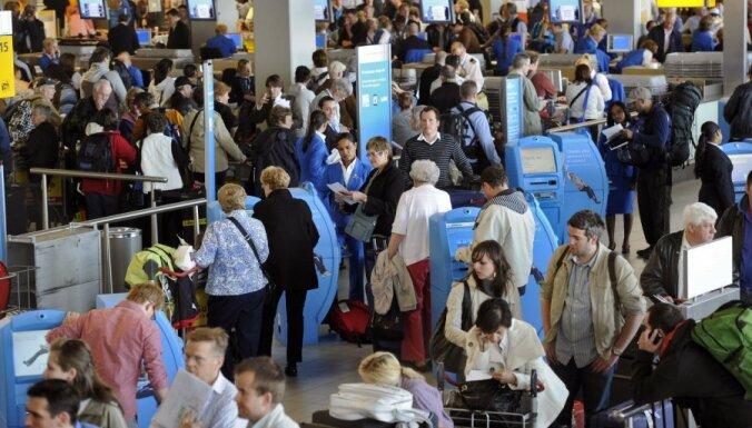 Угрожавший взорвать аэропорт Амстердама оказался русским