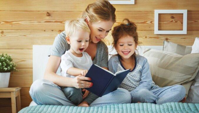 Kāpēc bērns grib lasīt vienu un to pašu grāmatu atkal un atkal