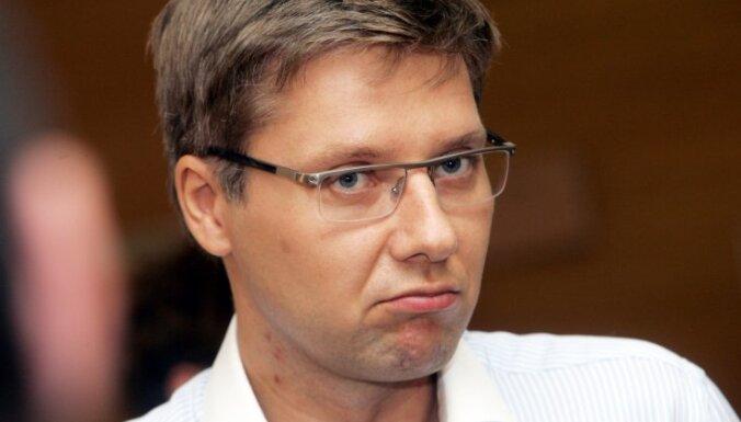 Нил Ушаков. Не против латышского языка, но за собственное достоинство