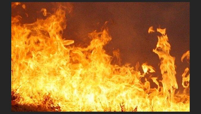 Divos ugunsgrēkos veco ļaužu pansionātā Austrālijā trīs bojāgājušie