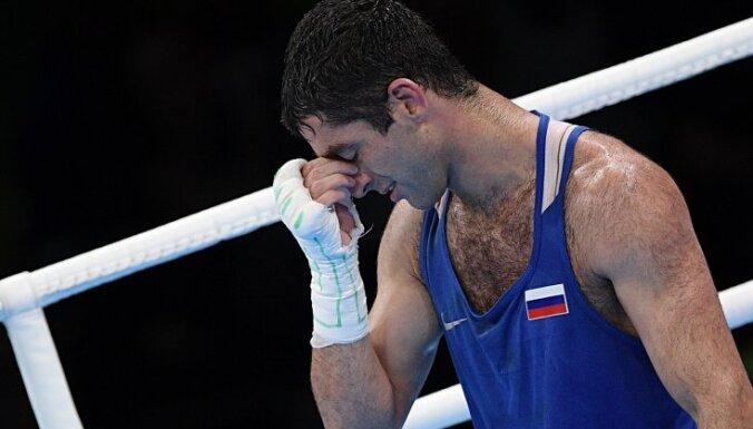 Российский боксер лишен серебряной медали Олимпиады в Рио