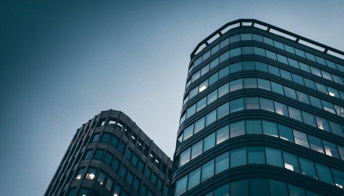 Krievijā atbalsta likumprojektu, kas liks ārvalstu interneta uzņēmumiem valstī izveidot birojus