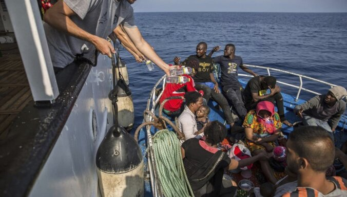 Число прибывающих в Евросоюз нелегальных мигрантов сократилось