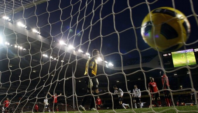 Vadošie Eiropas futbola klubi kritizē FIFA