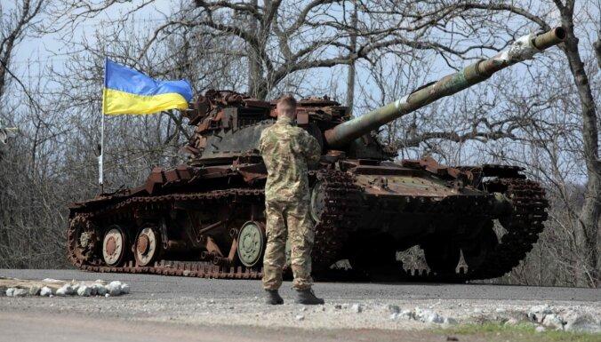Zelenskis rosina pārskatīt Minskas vienošanos nosacījumus