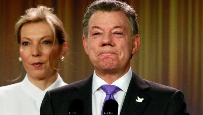 Santoss Nobela Miera prēmijas naudu ziedos pilsoņkara upuriem