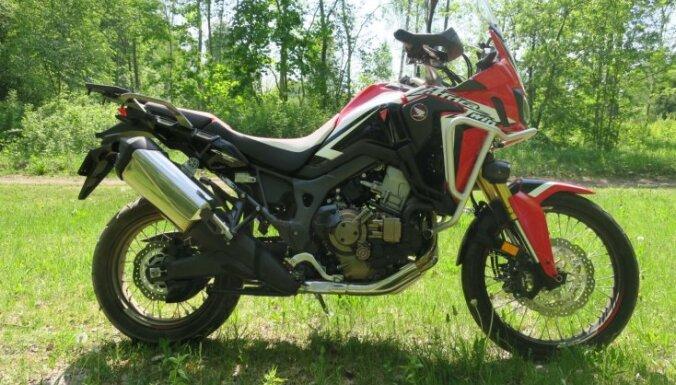 Par Latvijas 'Gada motociklu' kļūst atdzimušais 'Honda' modelis