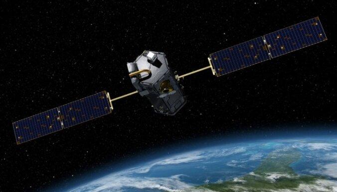 Российский спутник с мухами перестал выходить на связь