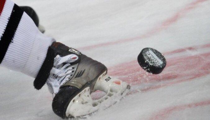 Умер впавший в кому от удара шайбой юный хоккеист