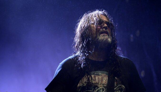 Mūžībā devies grupu 'Linga' un 'Huskvarn' ģitārists Edgars Ķauķis
