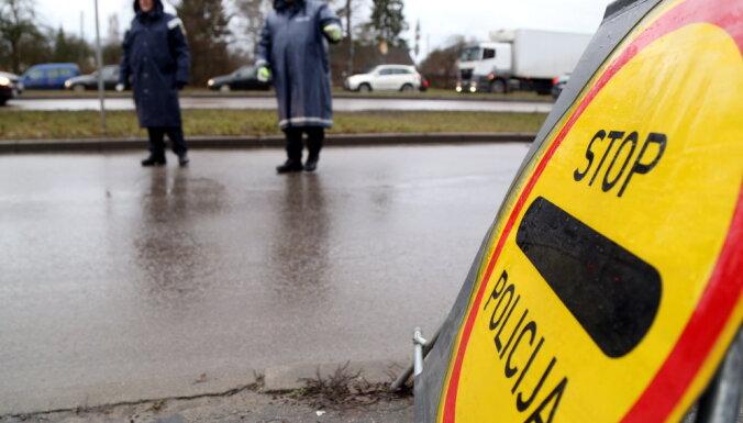 В Рижской дорожной полиции не хватает половины сотрудников