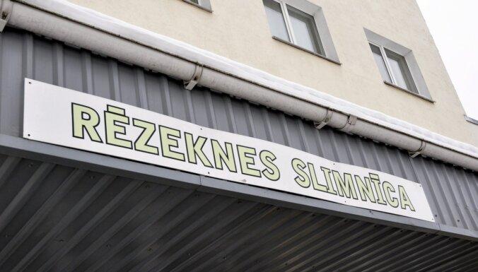 Ārsta nāves dēļ izbeigs Rēzeknes slimnīcas 'neatpazītā insulta lietu'