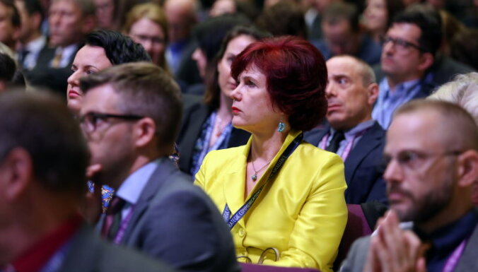 Аболтиня может досрочно сложить депутатский мандат