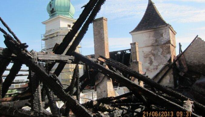 Рибена: часть культурных объектов Риги стыдно показывать гостям столицы
