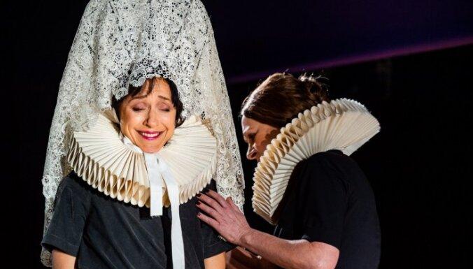 Foto: Liepājas teātrī jauns iestudējums – 'Bernardas Albas nams'