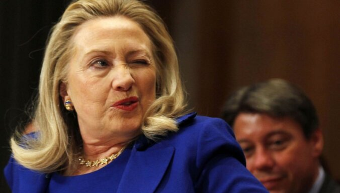 Хиллари Клинтон начнет читать лекции