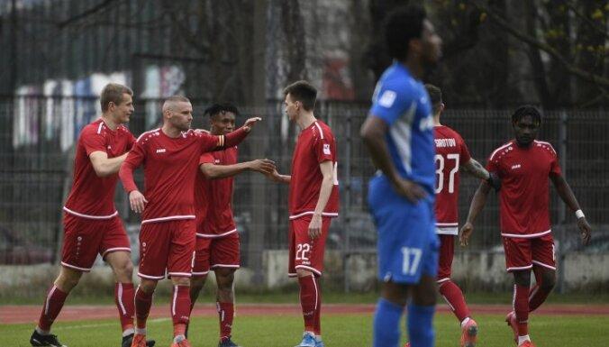 VID veicis kratīšanu pie futbola kluba 'Noah Jurmala' prezidenta Jakubovska (plkst. 11:50)
