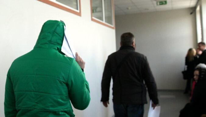 """Суд отказался арестовывать подозреваемого в разгроме выставки """"Люди Майдана"""""""