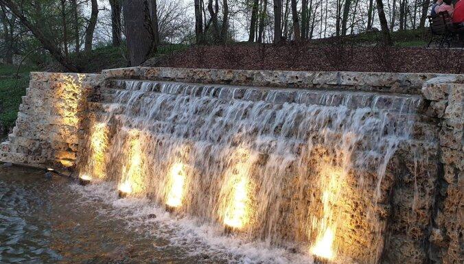 Foto: Koknesē jau šalc Pērses ūdenskrituma atveids