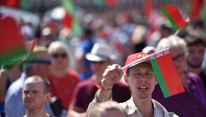 Baltkrievijas vēstnieks Slovākijā pauž atbalstu protestētājiem