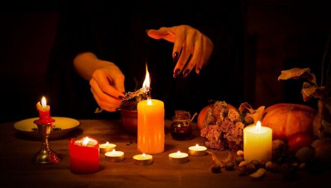 Рождественские гадания: на свечах, золоте, морозных узорах, бумаге и зеркале
