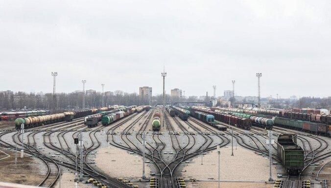 Премьер: дополнительных денег на содержание железной дороги в Латвии не дадим