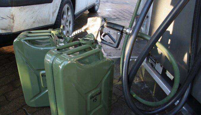 Подросток неудачно попытался растопить печь бензином