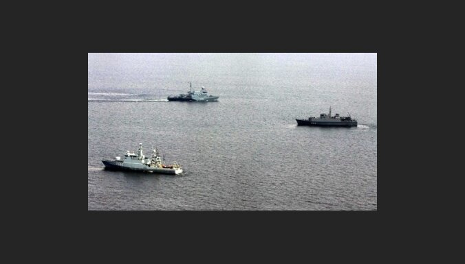Dienvidkoreja pierobežas ūdeņos izvieto kara kuģi