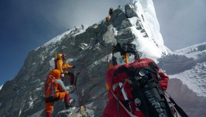 Смерть на Эвересте. Что происходит с человеком на высоте 8 километров?