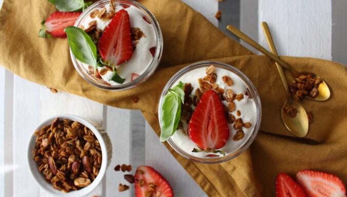 Клубничные десерты на День матери