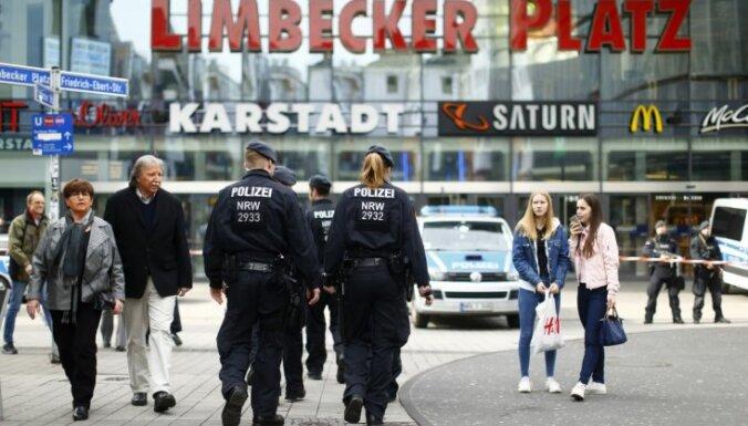 Vācijas policija Esenē izjaukusi 'Daesh' plānotu tirdzniecības centra spridzināšanu